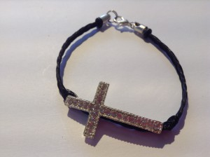 Croix tresse simple, mince